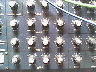 analogue synthesizer